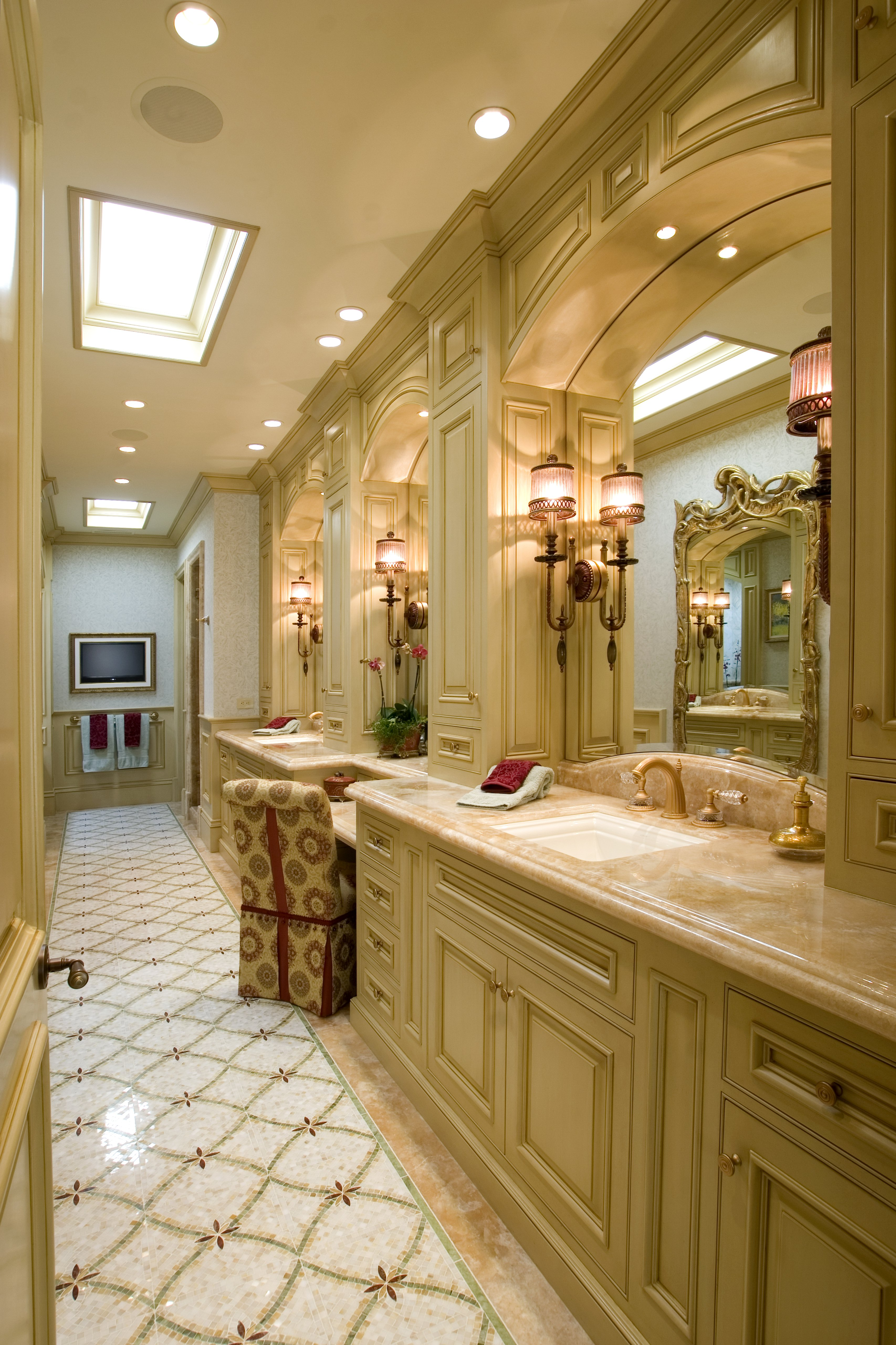 Details a design firm formality at its finest bayadere for Elegant master bathrooms pictures